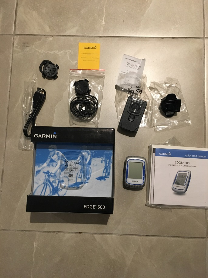 Garmin Edge 500 in the box
